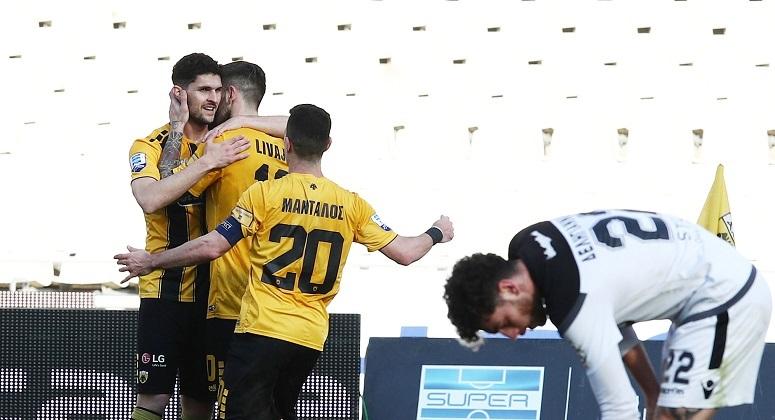 Νίκησε και τον ΟΦΗ η ΑΕΚ 1-0 και προχωράει