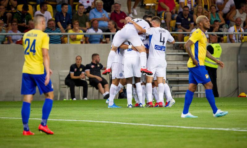 """Οι """" Μάγκες """" από το Περιστέρι 1-2 την Ντουναϊσκα!!!!(vid)"""