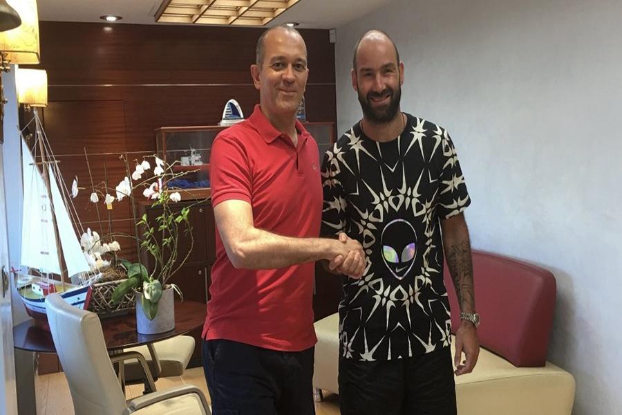 Επίσημο: Ανανέωσε με Ολυμπιακό ο Σπανούλης