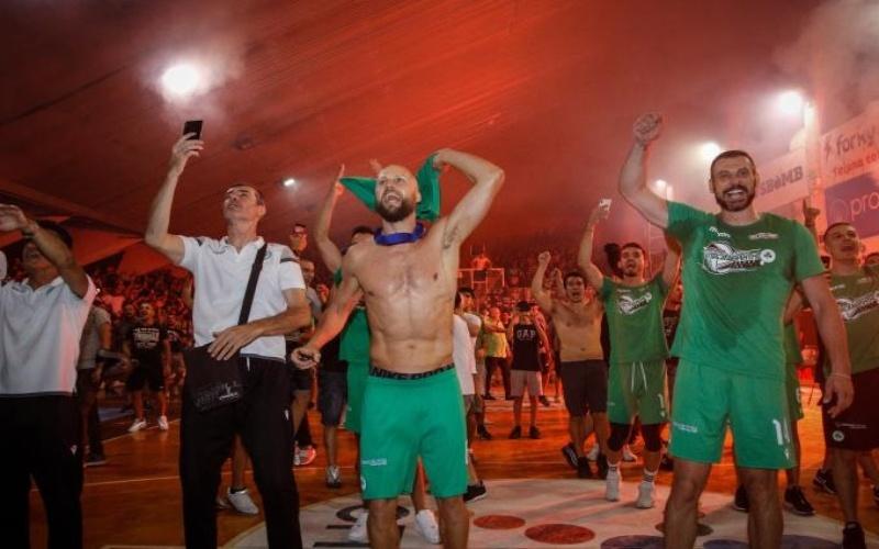 Παναθηναϊκός: Μια «γροθιά» αθλητές και κόσμος στην Λεωφόρο