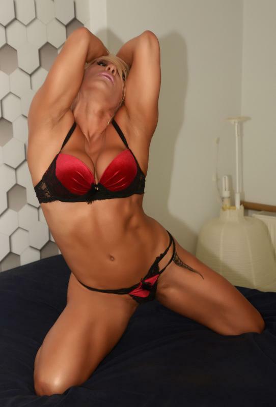 Το δικό της sexy βιβλίο…ετοιμάζει η γνωστή γυμνάστρια Λίλιαν Βτυρίνα!!!