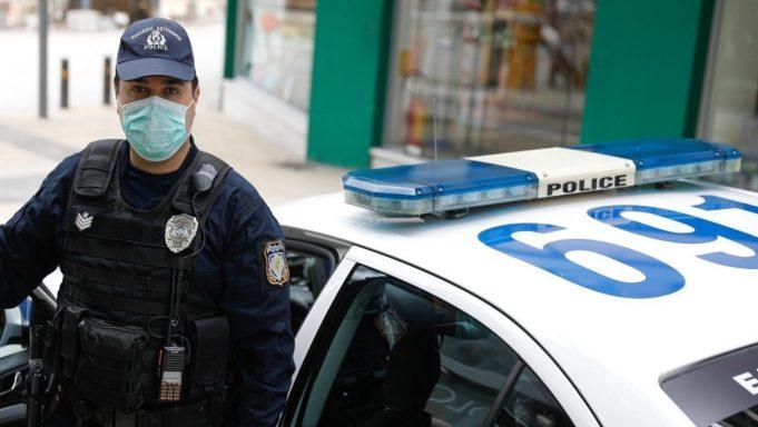 Παραβάσεις και συλλήψεις την πρώτη μέρα των νέων μέτρων